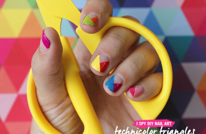 NAIL ART | Technicolor Triangles
