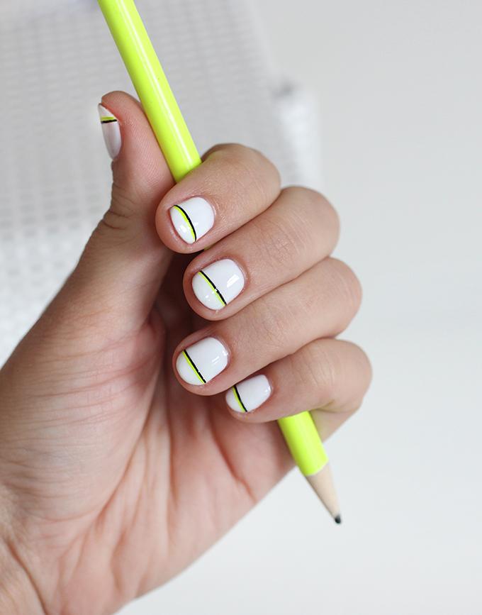 » NAIL ART | Black & Neon Accent Stripe