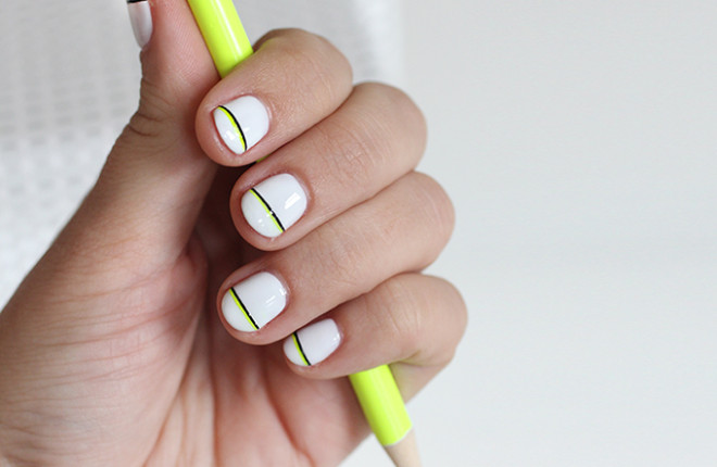 NAIL ART | Black & Neon Accent Stripe