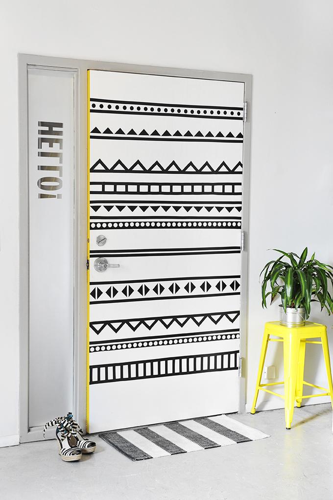 DIY PROJECT Home DIY  sc 1 st  I Spy DIY & MY DIY | Bu0026W Graphic Door