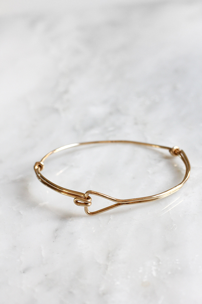 ispydiy_trianglewirebracelet