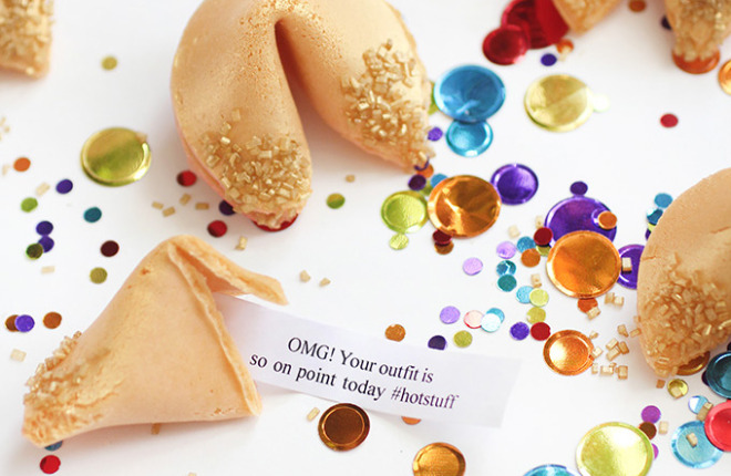 MY DIY | Gold Glitter Fortune Cookie