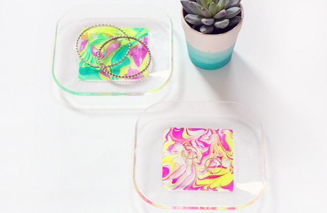 MY DIY | Neon Marbled Jewelry Tray