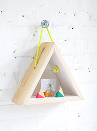 ispdiy_triangleshelf2-1