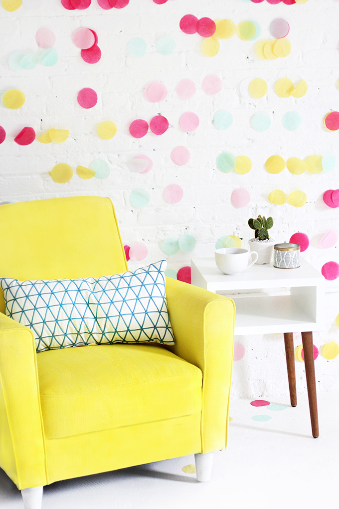 ispydiy_yellowchair7