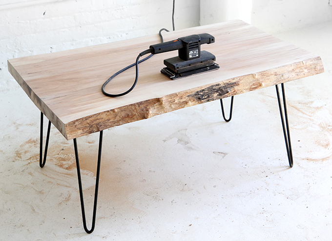 My diy wood slab coffee table for Pietement de table en bois
