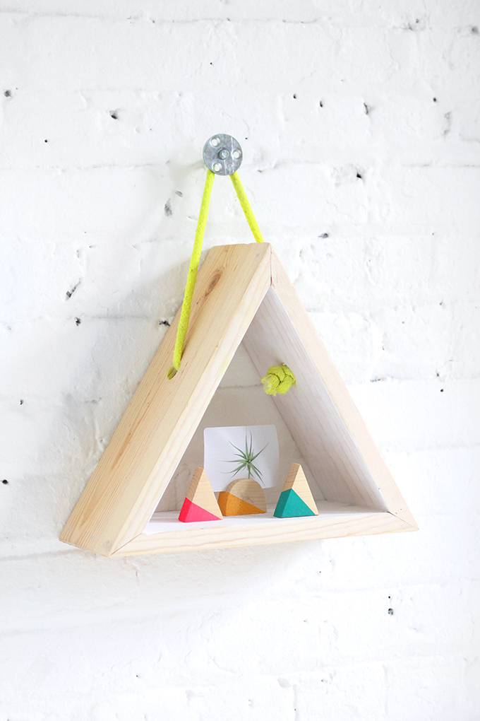 ispdiy_triangleshelf2