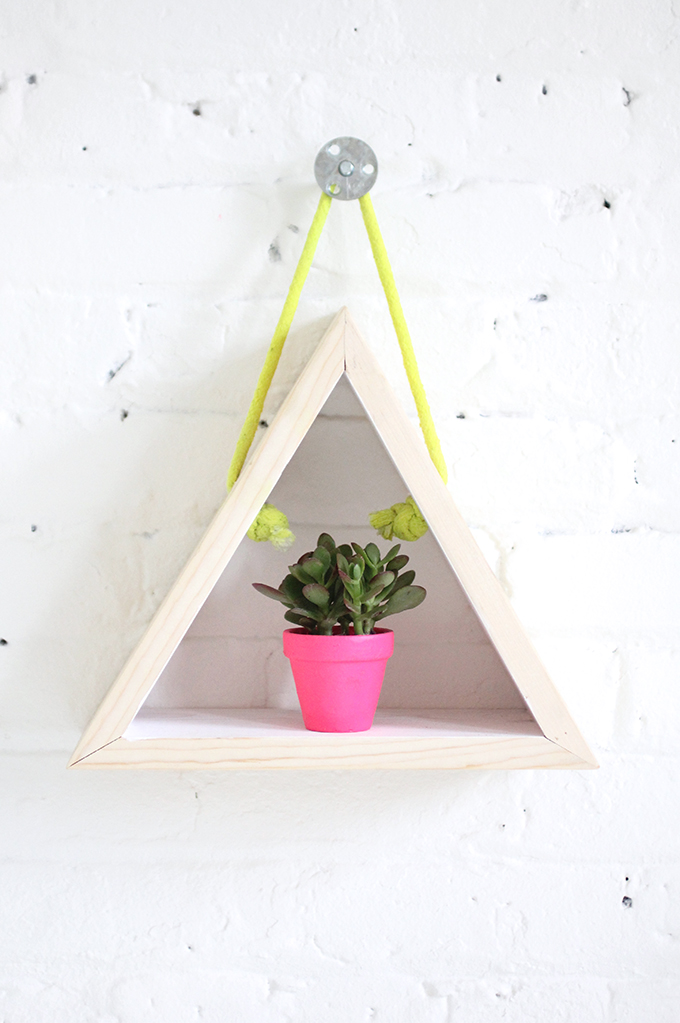 ispdiy_triangleshelf3
