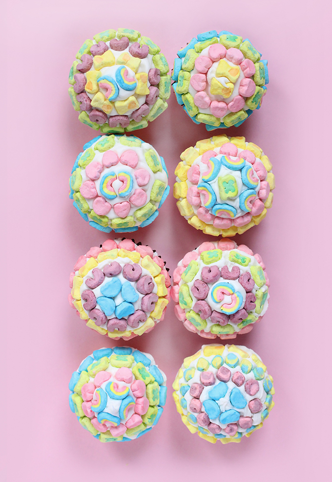 DIY EATS | Lucky Charms Pot of Gold Cupcakes | I Spy DIY ...