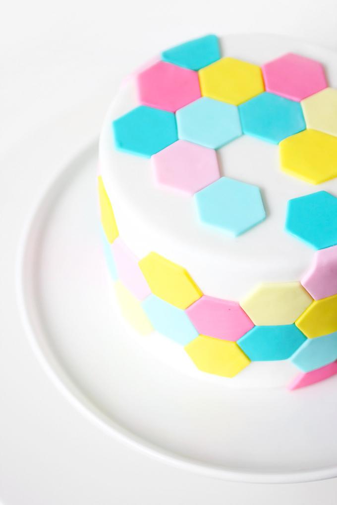 ispydiy_hexagoncake10