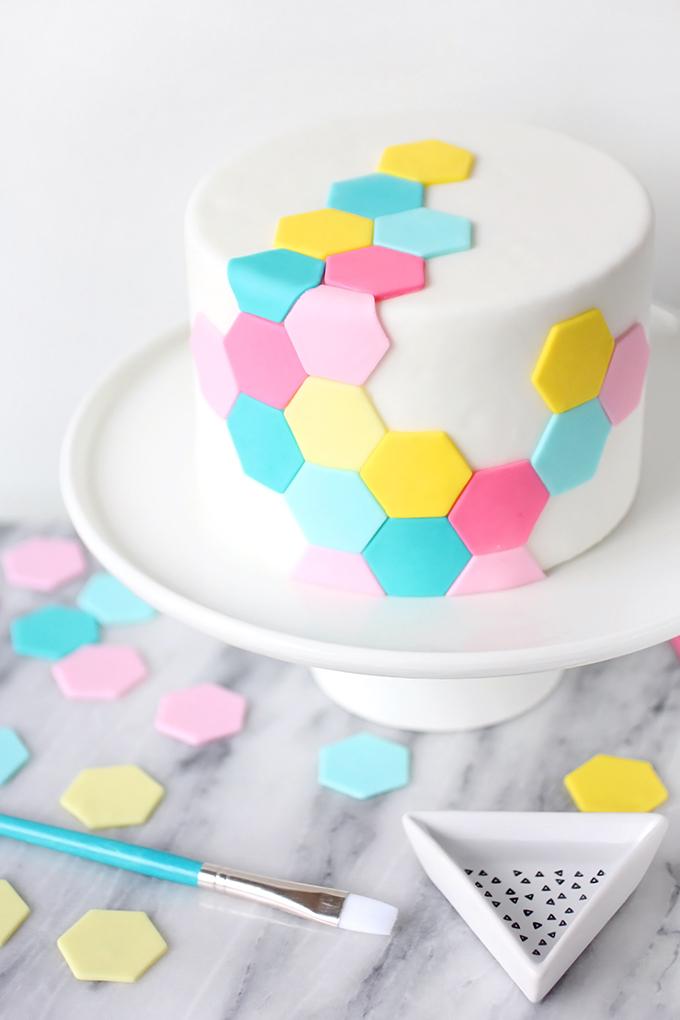 ispydiy_hexagoncake2