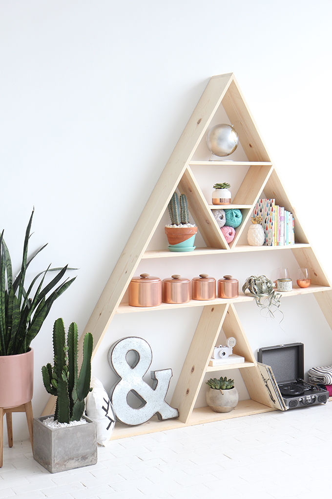 Looking back at 2016 i spy diy bloglovin - Triangular bookshelf ...