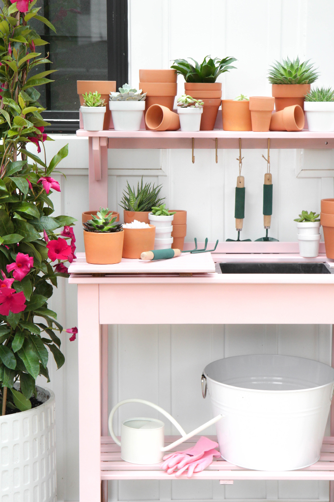 ISPYDIY_pinkpottingstation2
