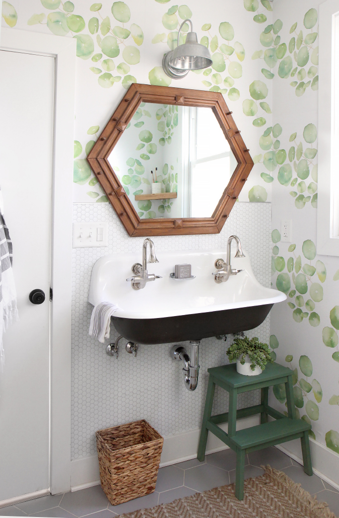 ispydiy_bathroom_makeover1