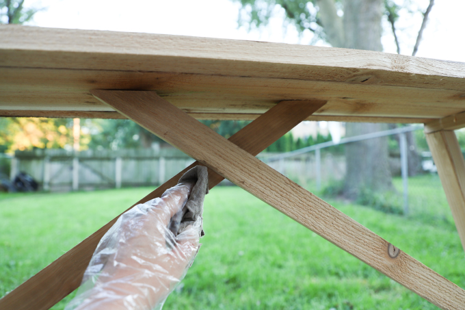 ispydiy_barnhouseentrytable_step10