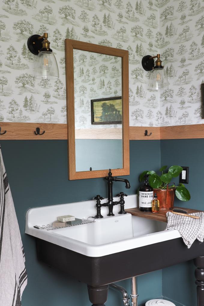 ispydiy_barmhouse_woodsybathroom2